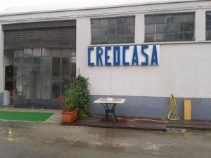 creocasa:ingresso showroom entrando da via sibari