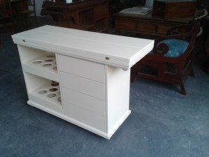 carrello-tavolo in legno laccato