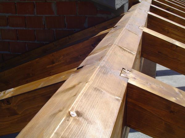 soffitto con incastri a coda di rondine milano