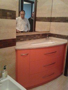 mobili bagno su misura assimetrico