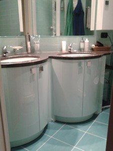 Perchè mobili bagno-lavanderia-cucina in legno marino