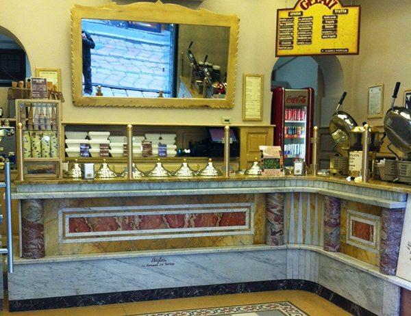 arredamento loacali-gelateria-milano