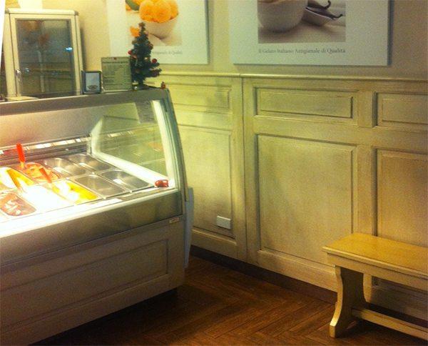arredamento locali-gelateria-milano