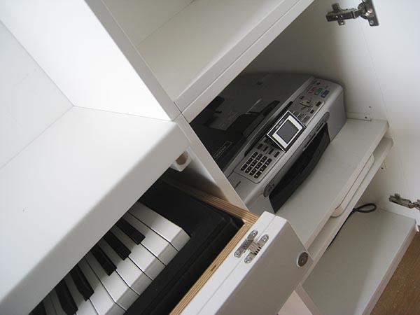 tavolo per tastiera musicale