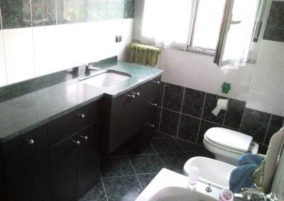 mobile bagno piano verde