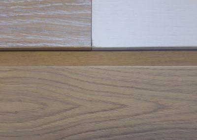 finitura legno naturale, mono cromo,  bicolore