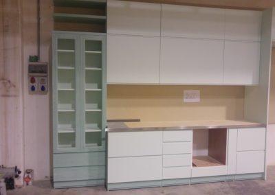 cucina laccata verde chiaro