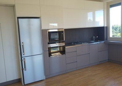 mobile cucina bicolore