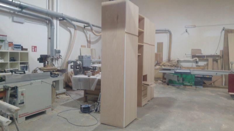 Come costruire un mobile su misura in falegnameria